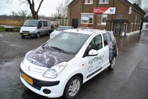 Nissan Pixo wrappen Autobedrijf Strijder & Bakker